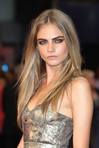 """Cara Delevingne Photo at the world premiere of """"Anna Karenina"""" at the Odeon Leicester Square in London"""