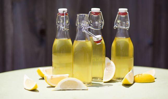 Zelf makkelijk limoncello maken - Culy.nl
