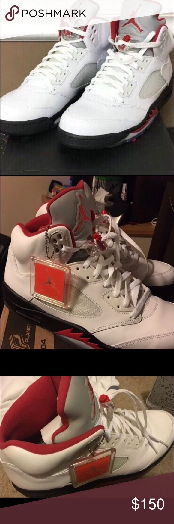 JORDAN V's 5's RETRO METALLIC SILVER MEN SIZE 13 MY HUSBAND IS THE SECOND OWNER OF THESE LIKE NEW KICKS. HE PERSONALLY HAS NEVER WORN THEM BUT THE PREVIOUS OWNER DID A FEW TIMES. ADULT OWNERS! AUTHENTIC! NO TRADES! SERIOUS BUYERS ONLY! 🌸👟 Jordan Shoes Athletic Shoes