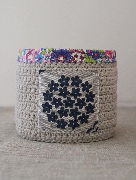 crochet basket in blue/purple