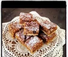 Dream Bars (using Fruity Pear Mince from Festive Flavour) | Official Thermomix Recipe Community | Thermomix