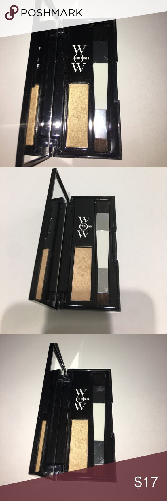 Color Wow Root Cover Up Color Wow Root Cover Up for Blondes!! Gently used for sampling and it was awesome!!! Great for anyone who can't always run to the salon at the first sign of roots! Accessories Hair Accessories