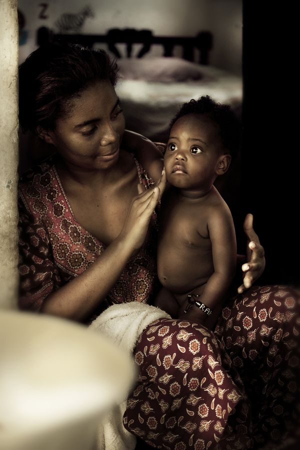 Beauty. KENYA by DIEGO ARROYO, via Behance: Diego Arroyo, Face, Mothers, Mother And Child, Beautiful, Children, Baby, People