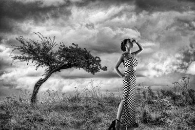 http://photographers.canvera.com/black-and-white-photography-inspirations/monochrome-classics