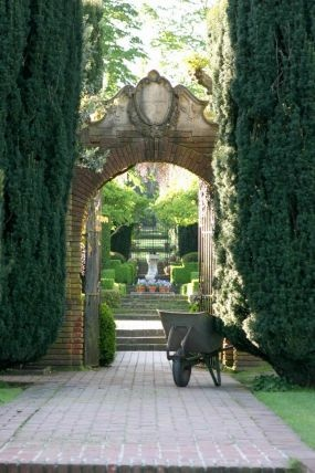 at Filoli in Woodside, California.--Click through to read more about this garden!