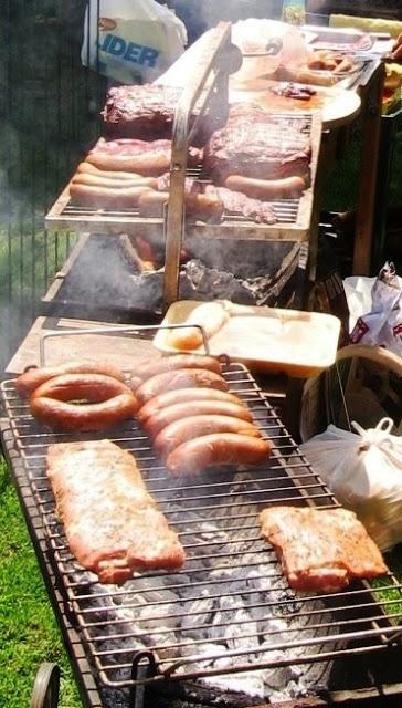 ¿Quién es el más fanático del asado? Se viene el 18 y hay muchos chilenos felices!