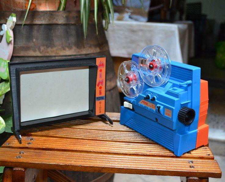 Gioca Cine Mini Royal Anni 70. Proiettore. Ottime condizioni con Box