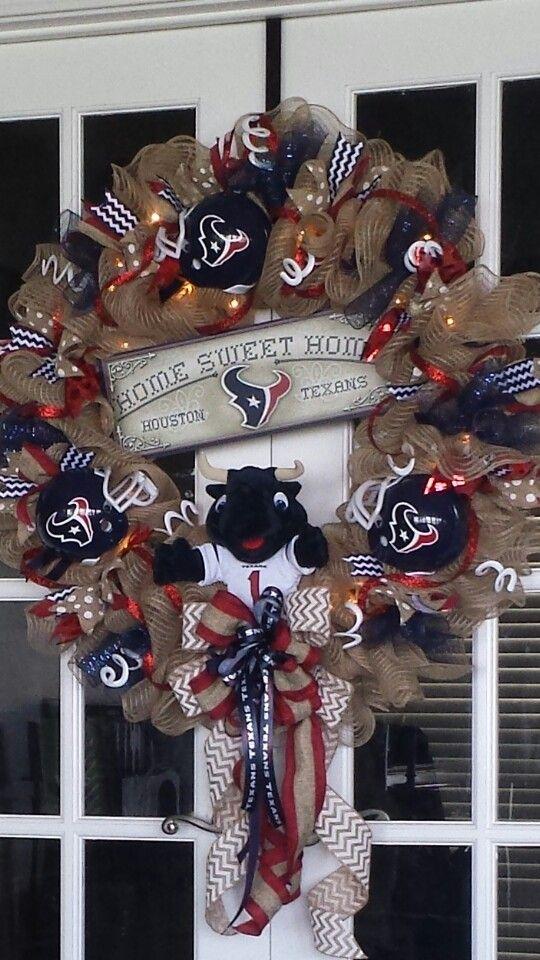 Texans wreath