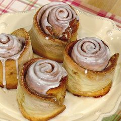 A rolled up sweet dough containing butter, cinnamon, and sugar will satisfy event the strongest of craving for sweets!