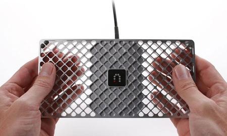 Slingbox 700U by NewDealDesign - heat sink integration