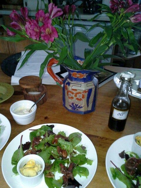 Smoked roe deer salad with pecans & vinaigrette
