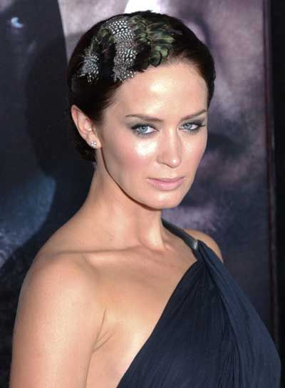 emily bunt up dos | Emily Blunt Sophisticated Updo - Beauty Riot