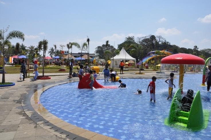 Sangkan Resort Aqua Park merupakan taman rekreasi air terbesar / Waterpark / Waterboom yang berlokasi di Jl.Bandorasa km 12 - Kuningan - Cirebon - Jawa Barat - Indonesia. Selain Waterpark / Waterboom, Sangkan Resort Aqua Park juga menyediakan jasa Cottage, Hotel, Resort, Villa, Resto, Function Hall, Outbound.