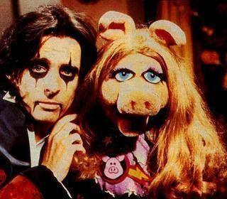 Alice Cooper & Miss Piggy