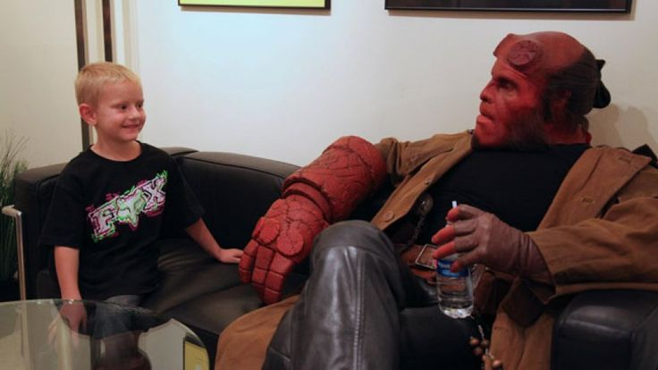 Hellboy fans know all too well that Ron Perlman and his bad-boy, red-skinned character have never been known to pull punches. So when Perlman sat down with The Hollywood Reporter at the Guadalajara Film Festival on Sunday, he had a few choice words for GOP frontrunner Donald Trump. The outspoken actor also talked about why he feels obligated to finish the Guillermo del Toro-directed superhero trilogy. 	 	Does it seem even slightly odd to you that Hellboy 3 can't get made, given the…