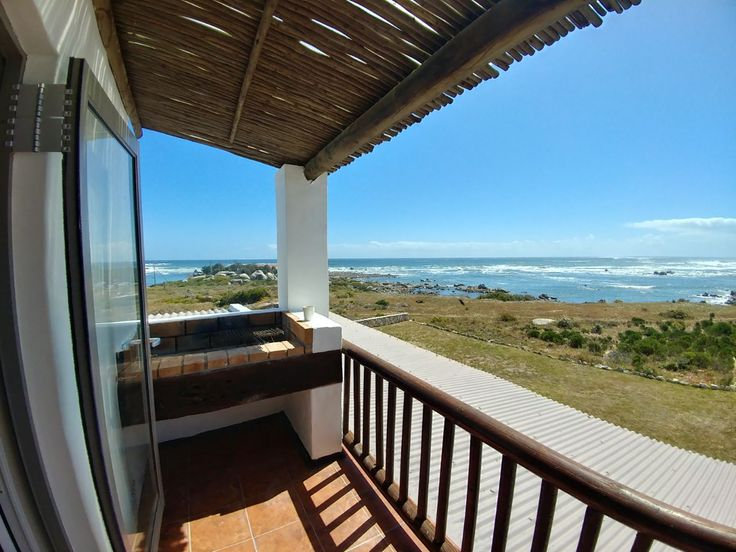 Beach View Apartment in Jacobs Bay. Sleeps 2. This beautiful apartment is situated right on the beach. The apartment is on the second floor on top of the main house with private entrance. The apartment is fully equipped with all your day to day needs. #westcoast #southafrica
