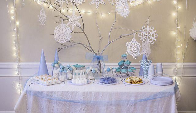 frozen party supplies | frozen party supplies uk - copyright Crystal via Flickr