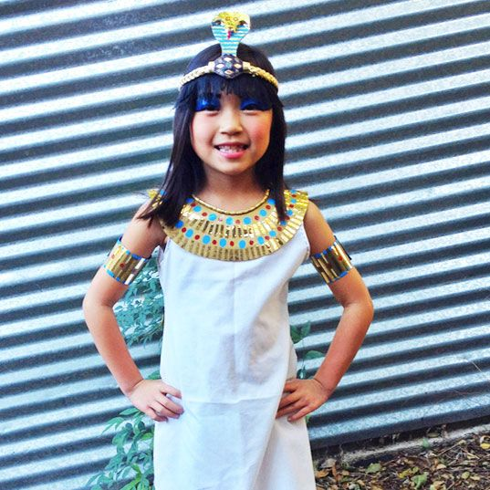 18 Costumes to Make from a Pillowcase | About Family Crafts