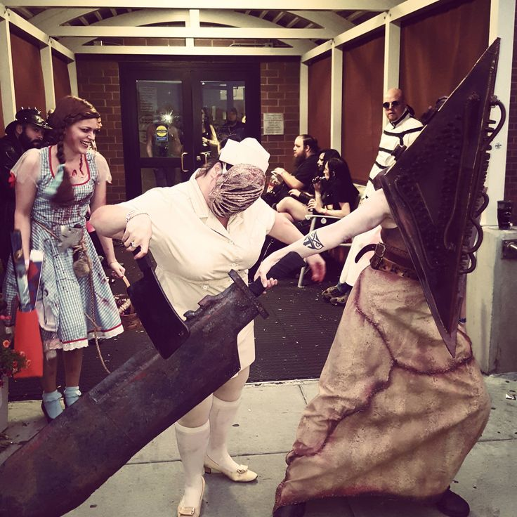 [Self] Pyramid Head for Crypticon Minneapolis 2016 #cosplay http://ift.tt/1EO3Y0Y