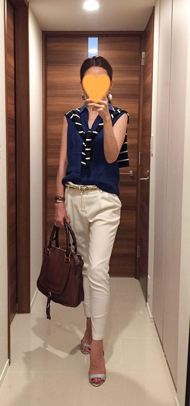Blue linen shirt: Uniqlo, Striped cardigan: United Arrows, White pants: Des Pres, Brown bag: Chloe, Silver sandals: Manolo Blahnik
