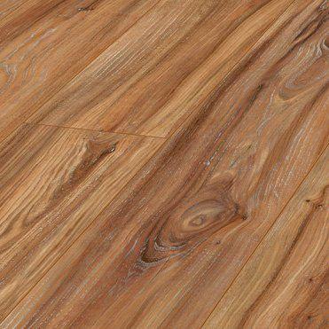 Combina tu suelo Milkway de Kronotex con carpintería blanca, y el éxito está asegurado. Contrastes marcados y limpios ¡Entra ya y haz tu pedido ahora en floter.com!