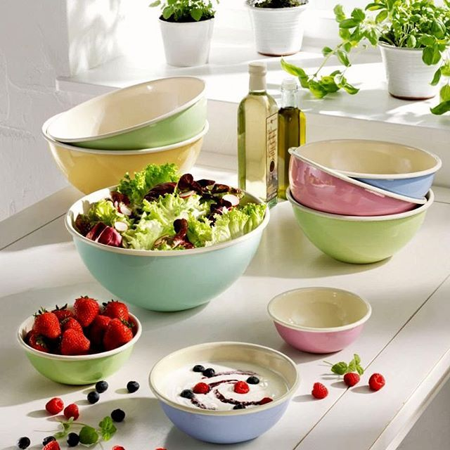 We have a wonderful new range of pastel enamelware available on our website at www.hughjordan.com/en/enamelware now! #Style #Trend #Pastel #Enamelware #NewProducts #BuyOnline