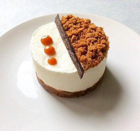 Aujourd'hui nous partons à la découverte d'un cheesecake léger et gourmand à souhait! Un cheesecake sans aucune cuisson, avec une base de biscuit speculoos, une mousse onctueuse au fromage et une s...