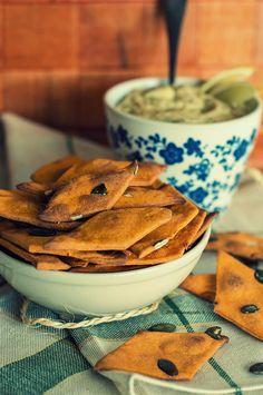 Sfogliette di farro con humus  di cavolfiore