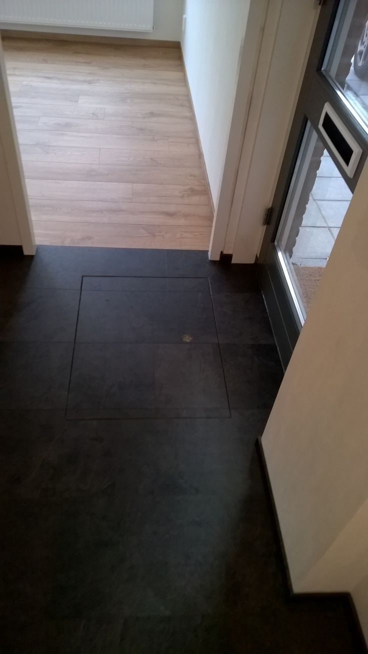 Kruipluik netjes door gelegd met je tegel-pvc vloer.. Dat kan bij Art-Floor Katwijk. katwijk@art-floor.nl