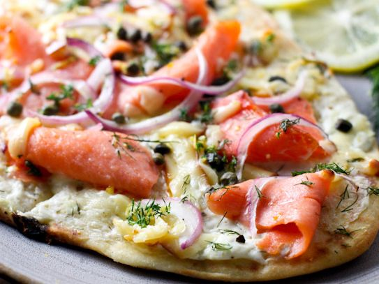 Smoked salmon pizza~using goat cheese instead of cream cheese, but this looks and sounds so good!