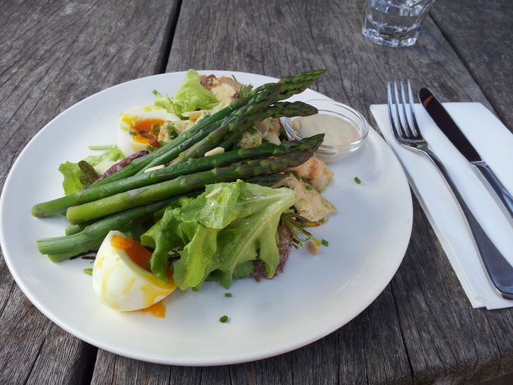 Chicken, Asparagus and egg salad at Rockferry wines in Marlborough New Zealand - according to the diner it is a dieters dream dish.