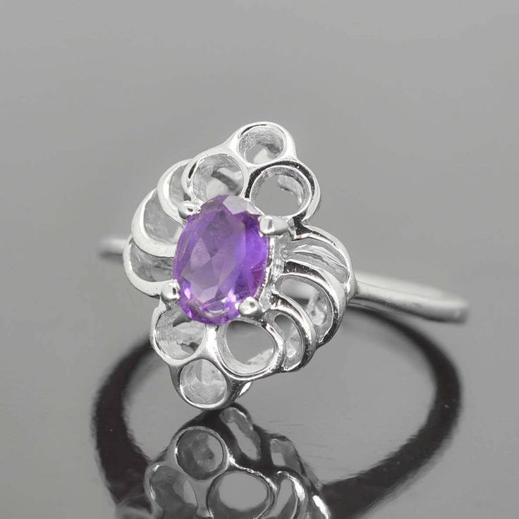 Amethyst Ring, 0.85 ct, Purple, Oval Cut, Birthstone Ring, February, Gemstone Ring, Sterling Silver Ring, Solitaire Ring, Statement Ring by JubileJewel on Etsy