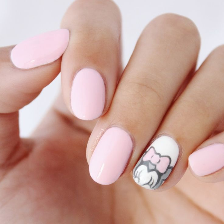 minnie mouse nail