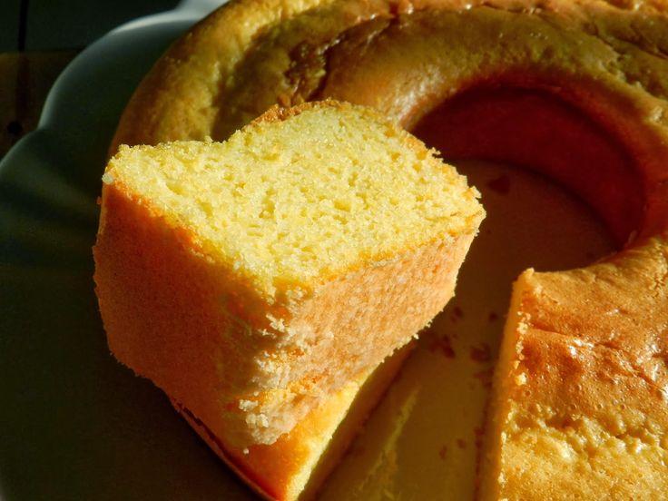 Toda vez que quero fazer um bolo de milho, já sei onde procurar: no Na Minha Panela , of course =) Graças a Deus, Cami e Rafa não tirara...