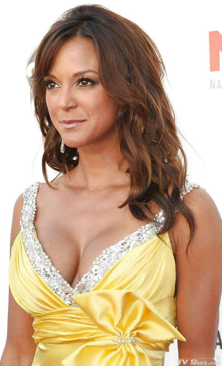 Eva LaRue Nude Photos 19