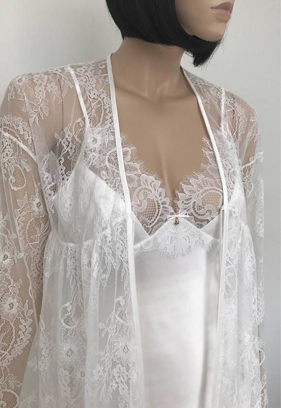 Silk bridal lingerie Lace robe Honeymoon lingerie Lace dressing gown Satine sleepwear Silk lingerie set Boudoir lace sexy robe Boudoir lingerie Silk pajamas Sexy camisole PETRA - 100% silk satin - floral lace - natural white colour - pull on camisole styling - robe tie closure -