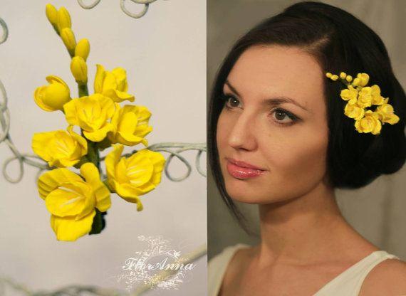 flower hairclip, freesia hairpiece, yellow bride, flower girl, girl gift, bride headband, bridesmaid headband, yellow freesia,