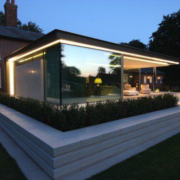 A floating corner on a residential extension