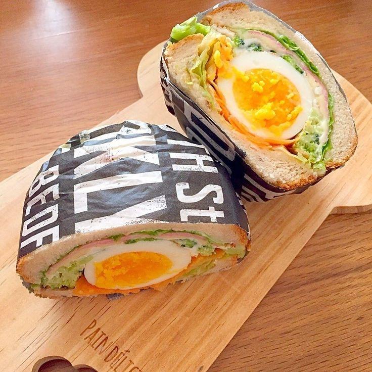 渥美彩乃さんの具だくさんサンド #snapdish #foodstagram #instafood #food #homemade #cooking #japanesefood #料理 #手料理 #ごはん #おうちごはん #テーブルコーディネート #器 #お洒落 #ていねいな暮らし #暮らし #具だくさんサンド #サンドイッチ #たまごサンド #わんぱくサンド #パン #おひるごはん #ランチ #lunch https://snapdish.co/d/fSmHna