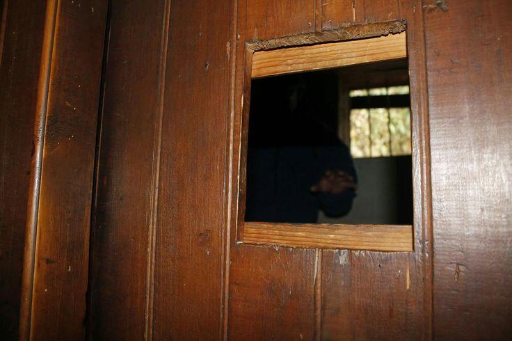What's behind the door #door #window #wood #house #arrowtown #queenstown #nz #newzealand