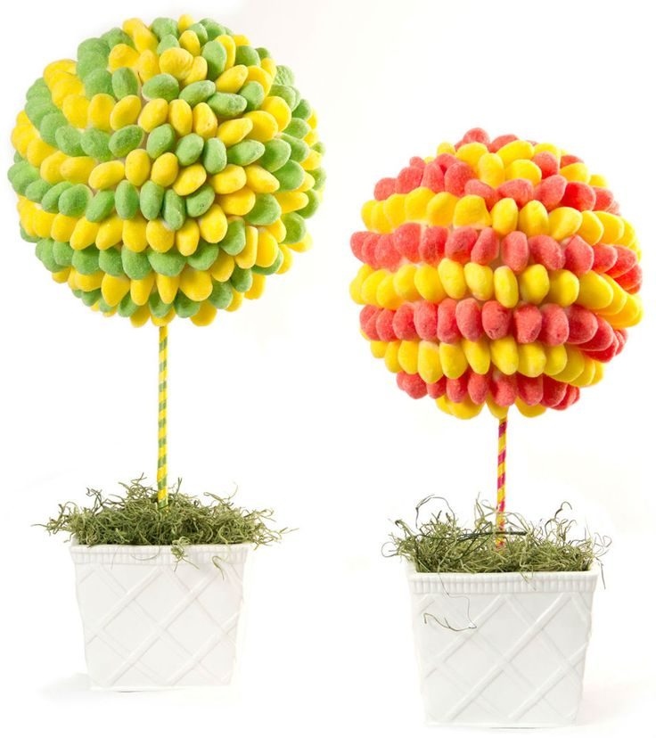 We love getting creative with candy. That's why we couldn't resist the opportunity to build these super sweet candy topiaries to get ready for Easter! http://blog.candywarehouse.com/