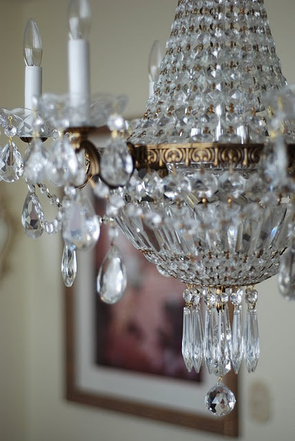 chandelier chandeliers chandeliers / light lights lighting fixtures