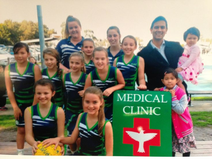 The Patterson Lakes Carrum under 12s Netball Club team - the Pebbles.  Atticus Health - a proud major sponsor.  Dr Floyd Gomes - 2 daughters - ring ins!