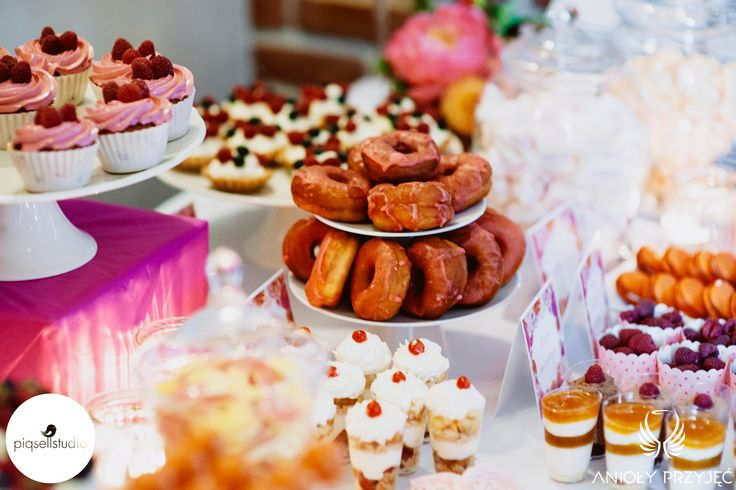 15. Fuchsia Orange Wedding, Sweet buffet, Sweet buffet decoration, Sweets / Wesele fuksjowo-pomarańczowe, Słodki bufet, Dekoracje słodkiego bufetu, Anioły Przyjęć
