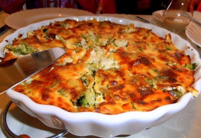 Brokkolis-sajtos sült burgonyapüré recept képpel. Hozzávalók és az elkészítés részletes leírása. A brokkolis-sajtos sült burgonyapüré elkészítési ideje: 55 perc