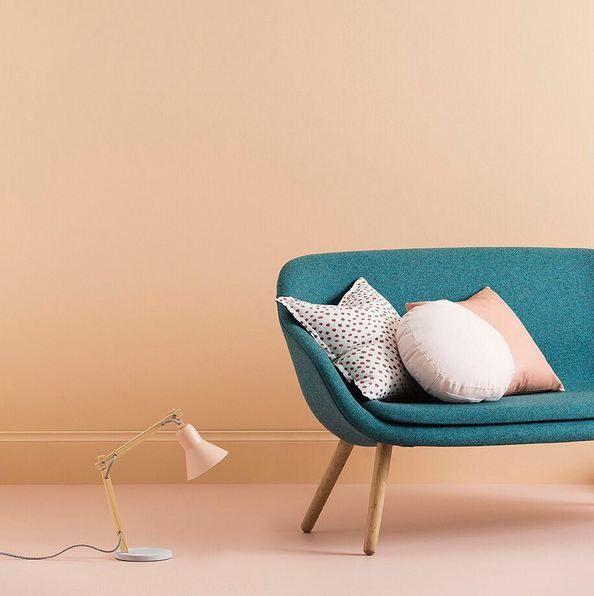 """""""This Blended Neutrals palette is not specifically about creating a blue, pink or peach toned room, but one which has the warmth and characteristics of these colours."""" - Wendy Rennie, Haymes Colour & Concept Manager.  Colour Used - Haymes Siesta Styling By - @ruthwelsby Photography By - @gemmola"""