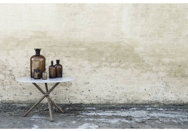 EH2 - Coffee Table. #coffeetable #table #concrete #concretetable #steel #oak #oaklegs #danishdesign