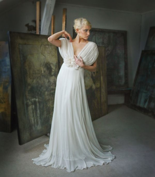 Each of these marvelous bridal gowns from Norwegian designer Leila Hafzi are works of art. Leila Hafzi gowns are renowned for mixing romanticism and femininity with a bohemian edge while using sustainable and globally conscious productions methods – brides, it doesn't get much better than that!