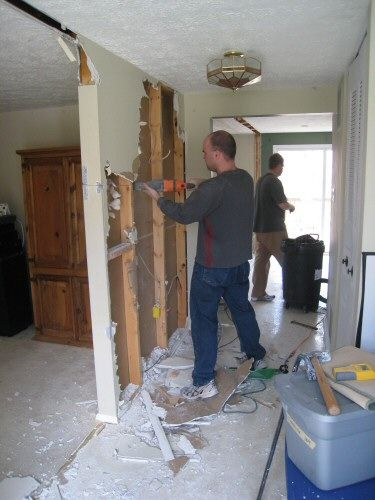 How To Remove Stud Walls Create An Open Floor Plan For The Home Knock Down Wall Repairs Load Bearing