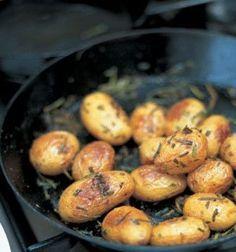 Jamie Oliver receptje: Rozmaringos burgonya, lerben sülve